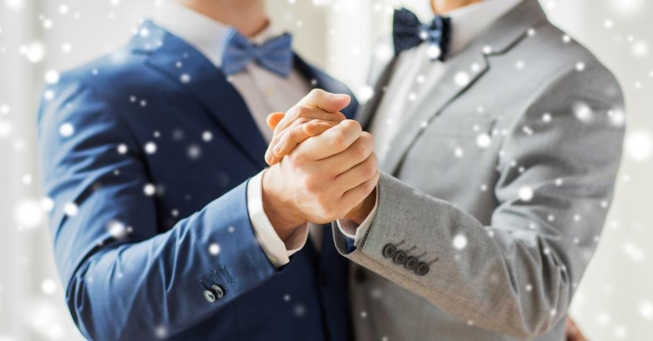 Wedding Gift Ideas For Same Sex Couples: 9 Perfect Gay Wedding Gift Ideas